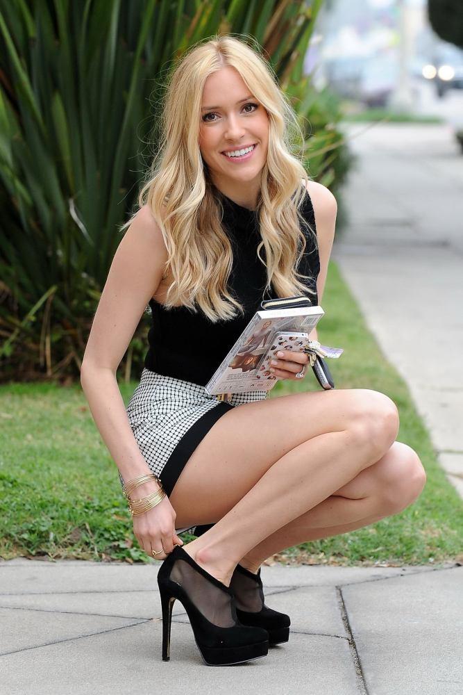Kristin Cavallari long-legged in mini..