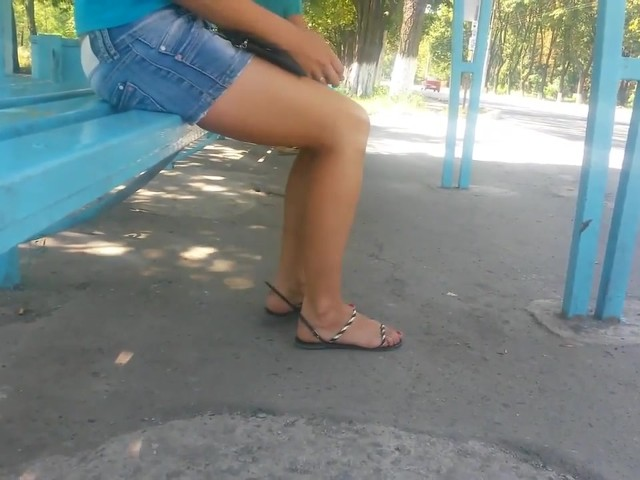 Candid Handsome Soles and Gams in..