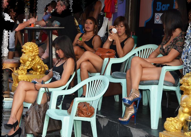 Pattaya Bar Dolls - No Money, No Honey?