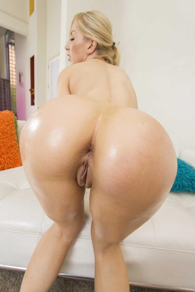 Blonde young ladies culo pornography