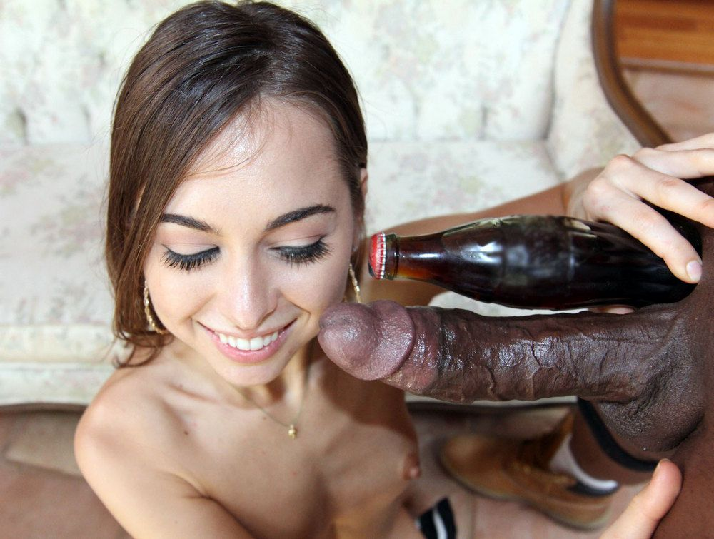 Riley Reid did not  such ample shafts..