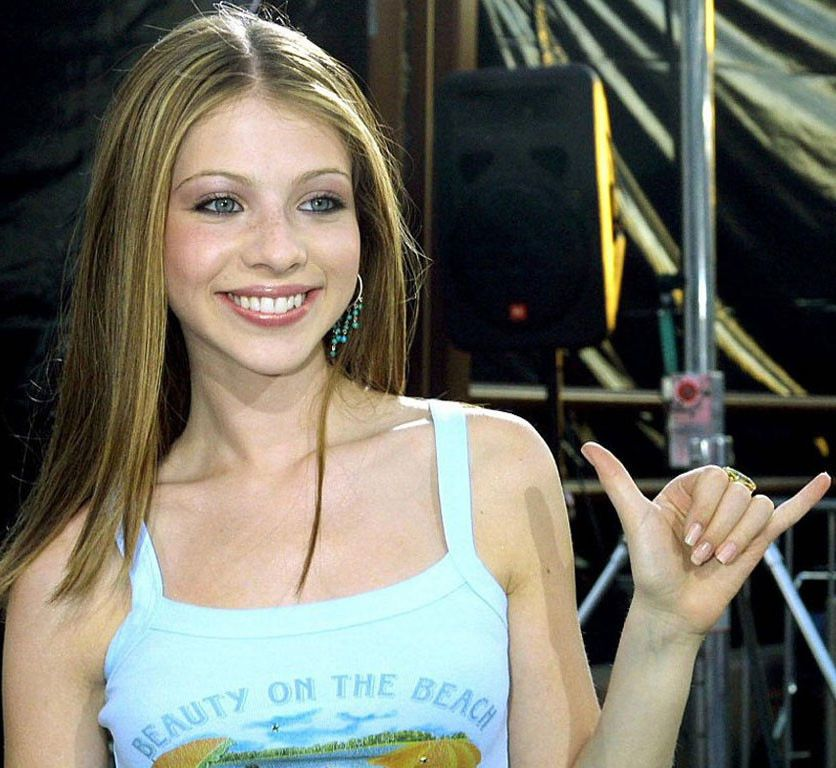 Michelle Trachtenberg - is a sexiest..