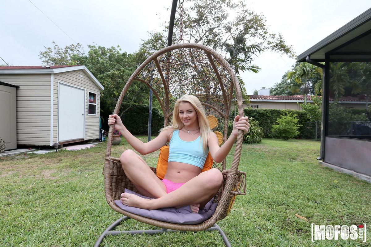 Small ash-blonde teenage Riley Starlet..